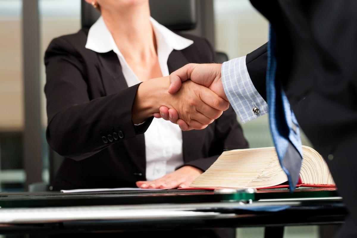 Abogado contratos de trabajo