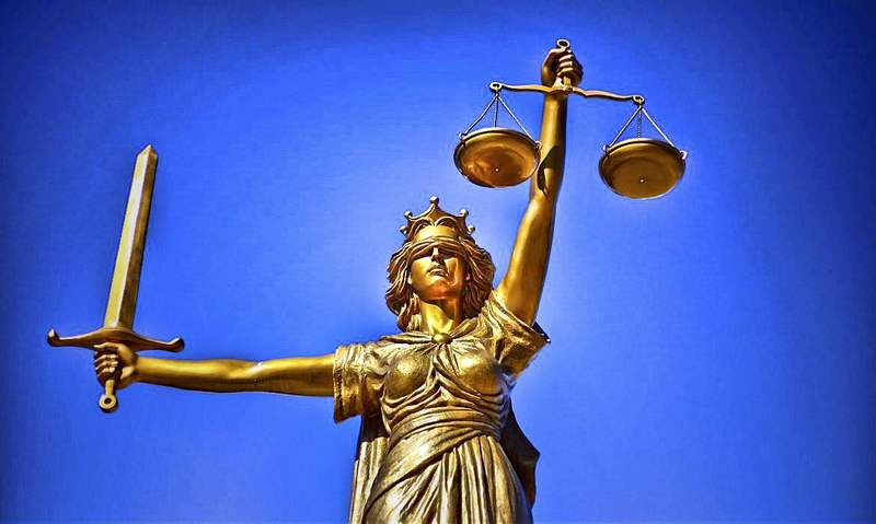 Abogados para Derecho Penal en Fuengirola, llámenos, 20 años de experiencia nos avalan